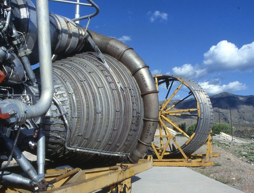 Rocket engines in US desert